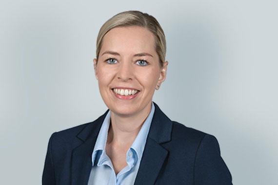 Sarah Hinderer - Prokuristin, Leitung Verwaltung und Finanzen